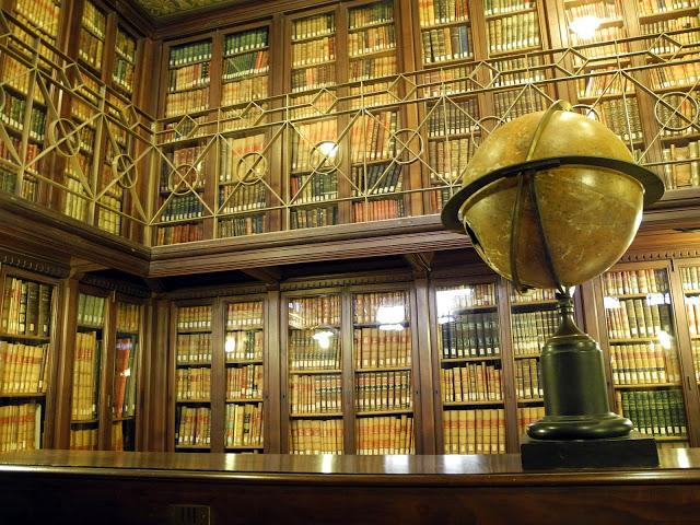 Biblioteca-Arus-060a
